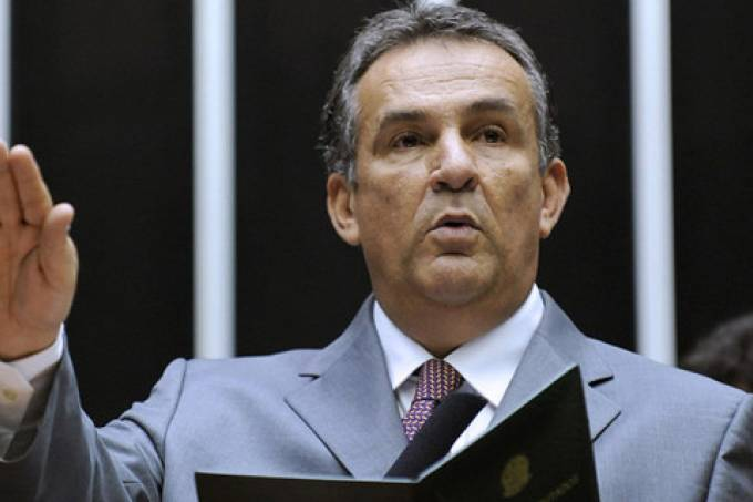 ex-senador Luiz Otavio Campos