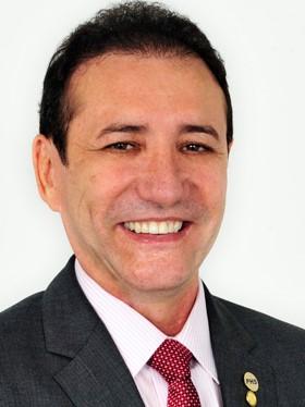 Adail Carneiro, ex-deputado