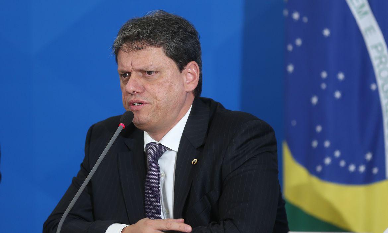 ministro da Infraestrutra Tarcísio de Freitas
