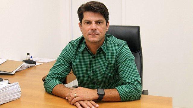 secretário de Saúde São Gonçalo André Vargas